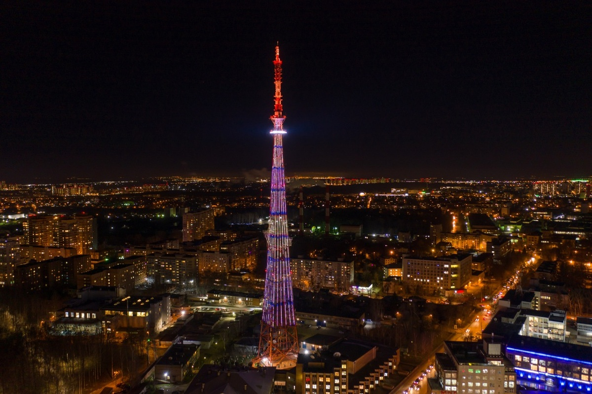 Подсветку на нижегородской телебашне модернизировали к 800-летию города - фото 1