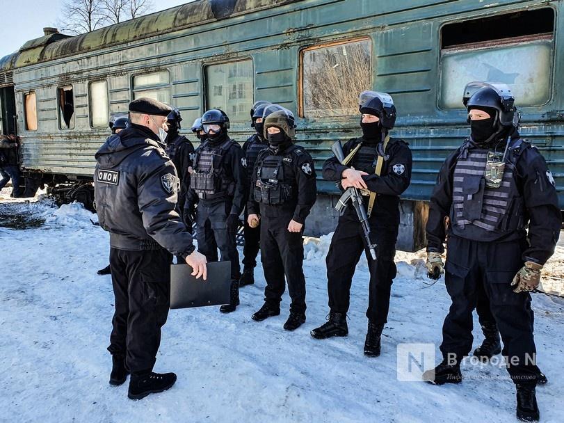Штурм поезда и трюки в воздухе: как работают нижегородские спецподразделения - фото 5
