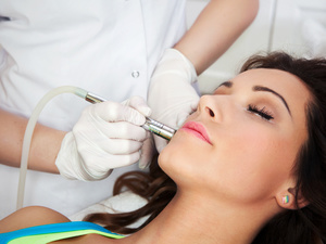 Уход за кожей лица: методики лазеротерапии от «SPA-Лорэн»