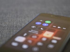 Как сохранить заряд батареи смартфона: какие способы работают, а какие — миф