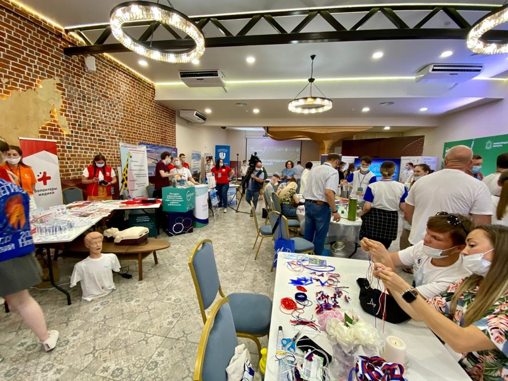 Нижегородских студентов наградили именными стипендиями в 5 тысяч рублей - фото 1
