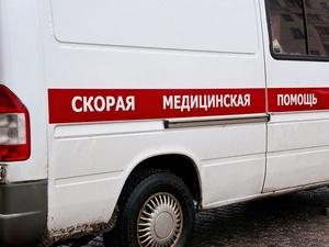 Девушка сломала нос в столкновении машин на улице Белинского