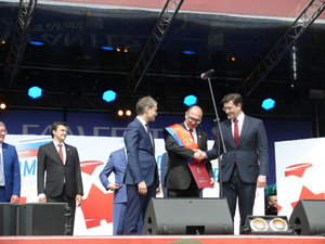 Ректору опорного вуза вручен знак Почетного гражданина Нижнего Новгорода