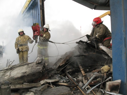 Двое рабочих погибли при резке металла вДзержинске