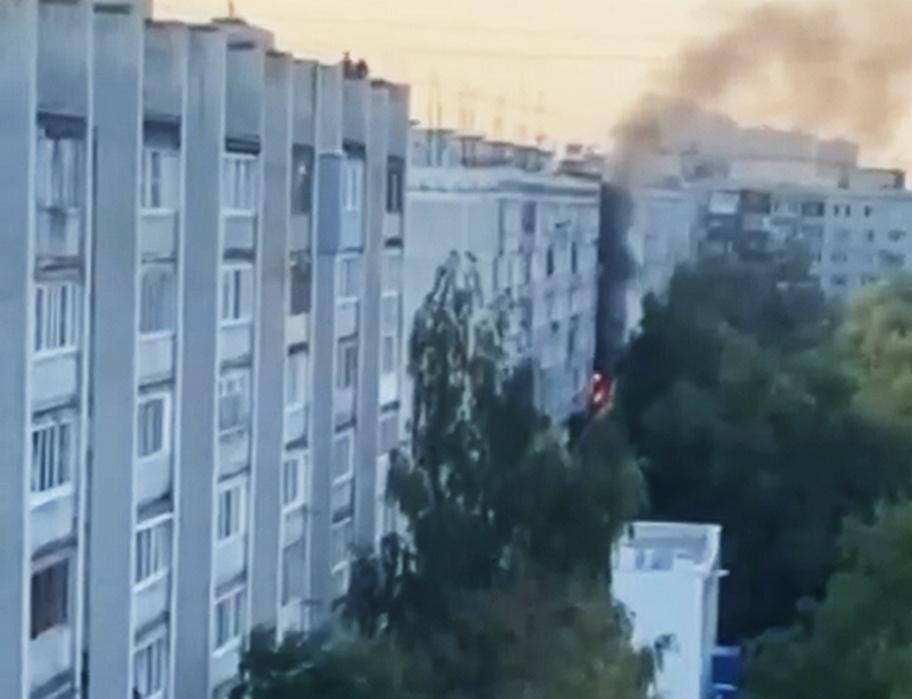 Пожилая нижегородка пострадала на пожаре на улице Адмирала Макарова - фото 1